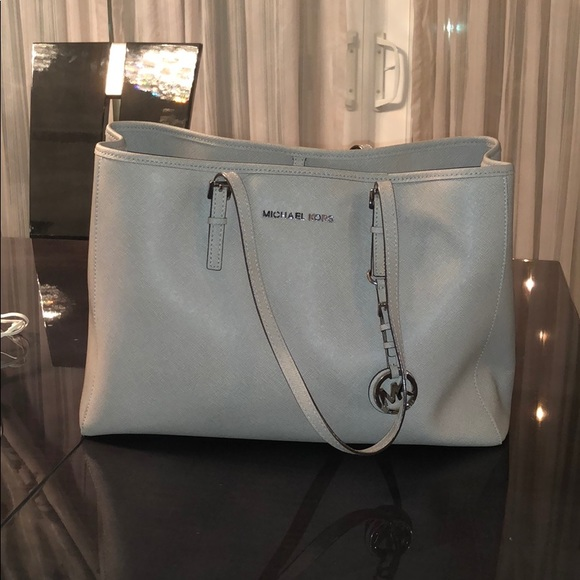 b72e2ac0ea9b Michael Kors pearl grey tote  travel bag with tags
